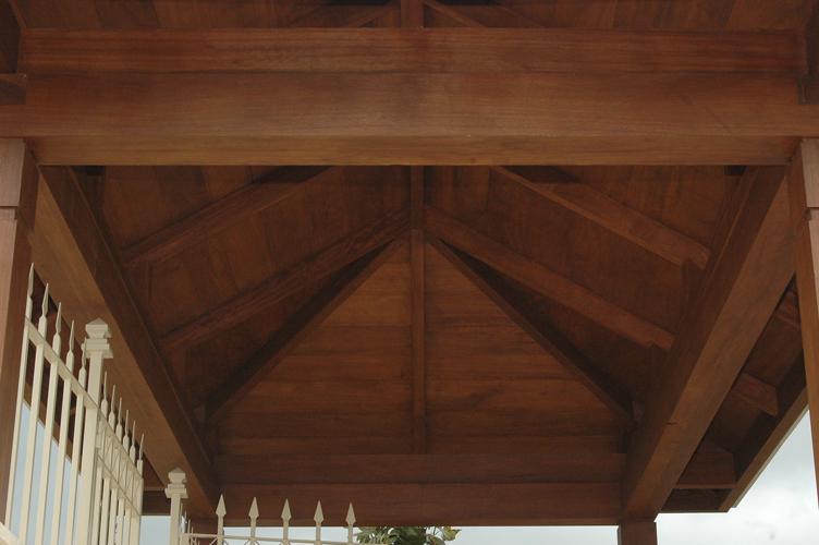 Mirador en madera niangón